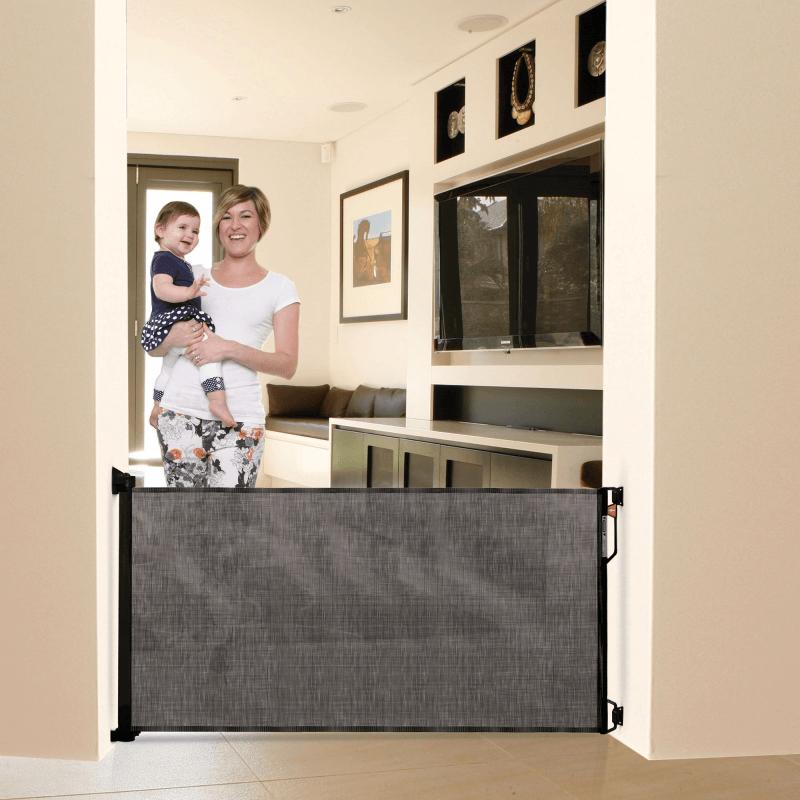 Dreambaby Retractable Baby Gate Black F943 2