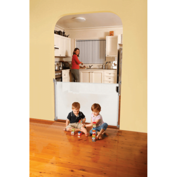 Dreambaby Retractable Baby Gate White F820 8
